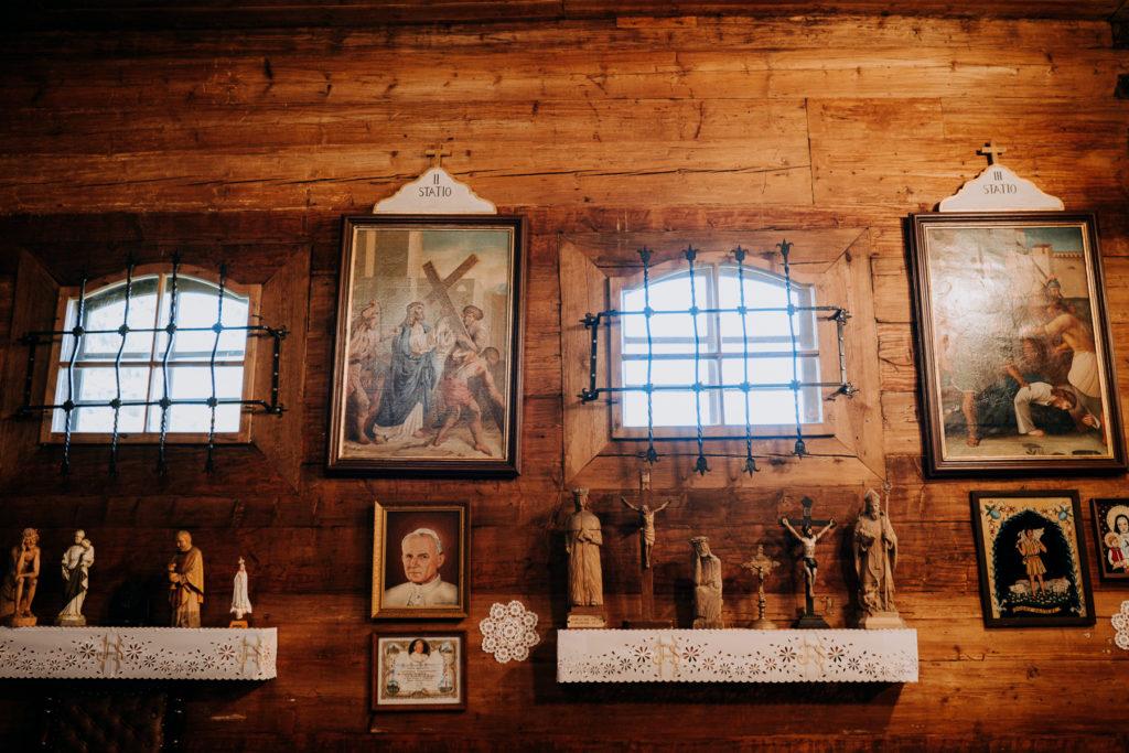 kościół podwyższenia krzyża świętego istebna