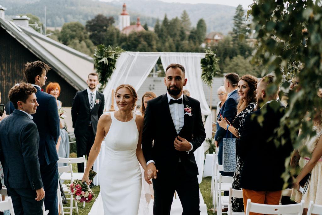 plenerowy ślub na dolnym śląsku
